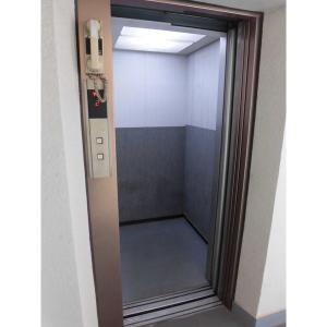 タイムズプラザ 物件写真3 エレベーター