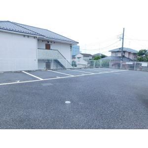 コリーヌ 物件写真5 駐車場