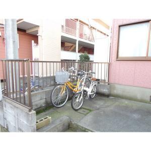 キャロットハイツ 物件写真3 自転車置き場