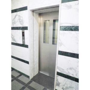 GRANDJOY ROYAL FIRST 物件写真4 エレベーター