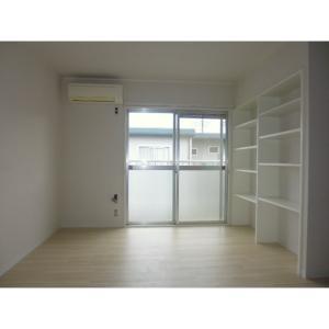 スカイハイツA 部屋写真3 居室・リビング