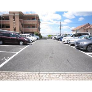 AIX EN PROVENCE 物件写真3 駐車場