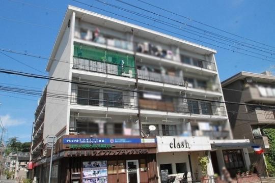 栄町団地D棟[3階]の外観