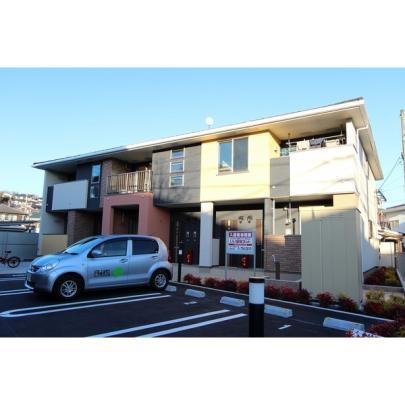 兵庫県川西市新田3丁目の賃貸アパート