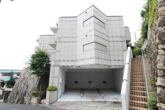 エスタ雲雀丘[2階]