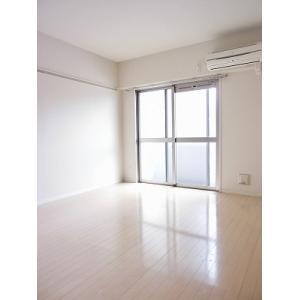 プロシード新栄 部屋写真1 居室・リビング