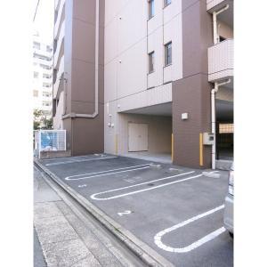 ベレーサ名駅ウエスト 物件写真4 駐車場