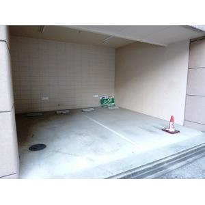 スリーウェイ金山 物件写真3 駐車場