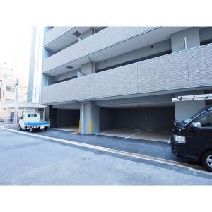プレサンスロジェ丸の内テラス 物件写真3 駐車場