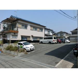 タートルリバー弐番館 物件写真2 駐車場