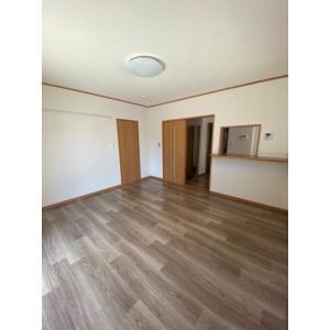 ライム曽根東 部屋写真1 居室・リビング