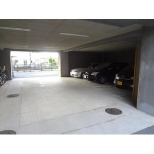 フォレスト千里Ⅱ 物件写真2 駐車場
