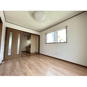 ツインパレスTSUKASA Ⅰ 部屋写真1 居室・リビング