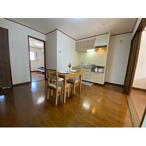 ツインパレスTSUKASAⅡ 部屋写真1 居室・リビング