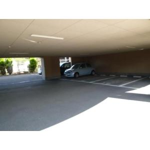 ブライトンコート仙台 物件写真4 駐車場