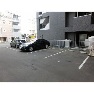 札幌市中央区南一条西18丁目 マンション 物件写真3 駐車場