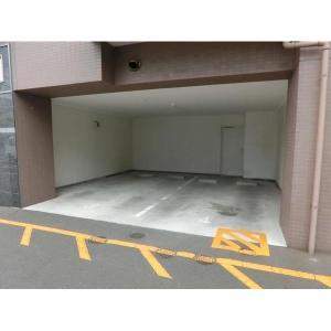 札幌市豊平区平岸四条8丁目 マンション 物件写真4 駐車場