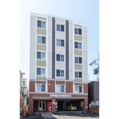 北海道札幌市中央区南十三条西8丁目の賃貸マンション