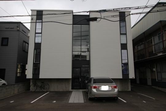 北海道札幌市白石区東札幌一条4丁目の賃貸アパートの外観