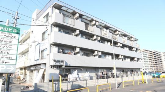 シャンブル英美 3階の賃貸【埼玉県 / 草加市】