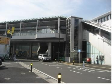 駅は2006年改良でとてもキレイです!