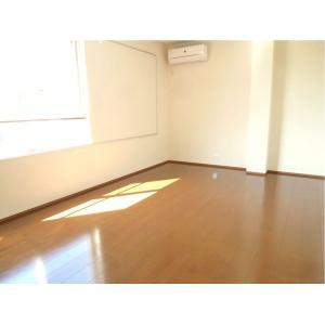 エスプラザ新松戸 部屋写真1 居室・リビング