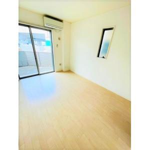 ベルローズ 部屋写真1 居室・リビング