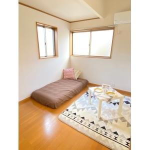 カーサアスール 部屋写真1 居室・リビング
