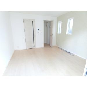 アルカンシェル 部屋写真1 居室・リビング