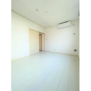 第10タカトミコーポ 部屋写真1 居室・リビング