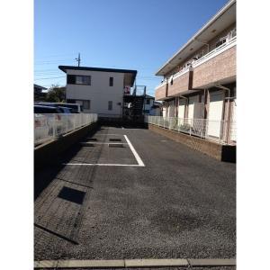 ピアチェーレ 物件写真4 駐車場