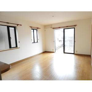 西佐津間2丁目戸建 部屋写真2 居室・リビング