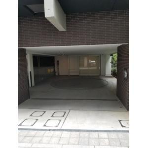 ピアース千代田淡路町 物件写真5 駐車場