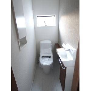 篠崎町1丁目新築戸建 部屋写真6 トイレ