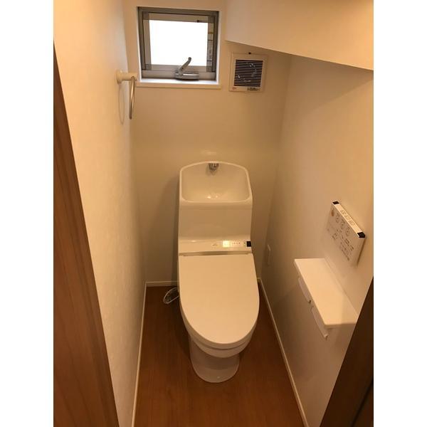 足立区北千住東1丁目戸建 部屋写真4 トイレ
