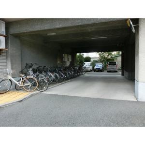セントマンションむらやま 物件写真2 駐車場