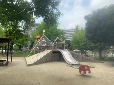 迫力ある遊具が沢山ある公園です!